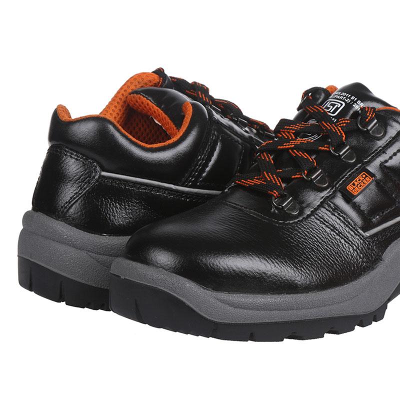black-and-decker-safety-footwear-BXWB0111IN-02