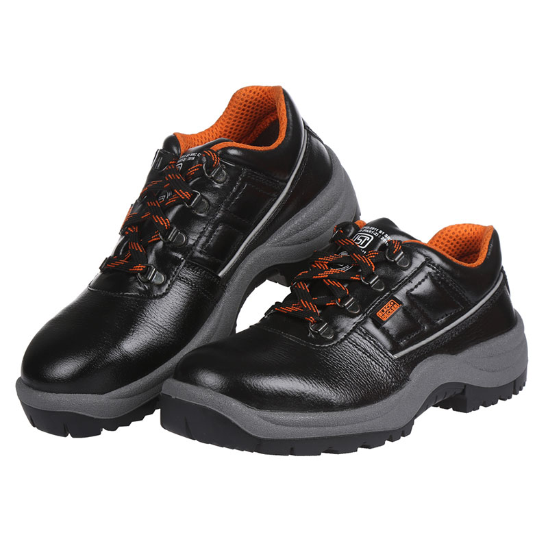 black-and-decker-safety-footwear-BXWB0111IN-03
