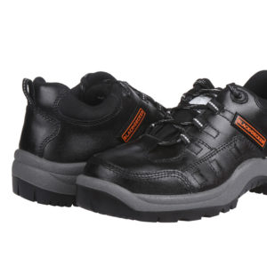 black-and-decker-safety-footwear-BXWB0112IN-03
