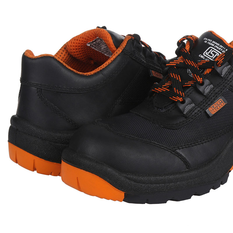 black-and-decker-safety-footwear-BXWB0161IN-03